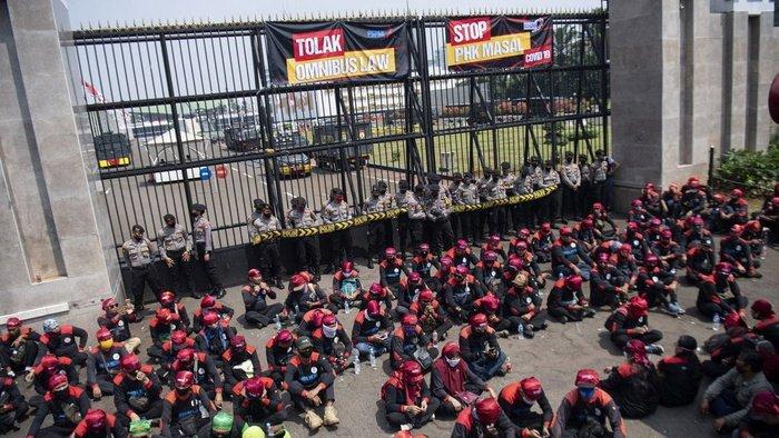 Amnesty Sebut Omnibus Law Menindas Pekerja di Indonesia