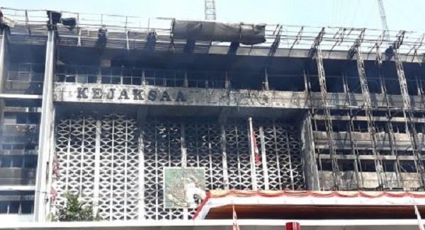 Ini Penyebab Kebakaran Gedung Kejagung Menurut Polisi ...