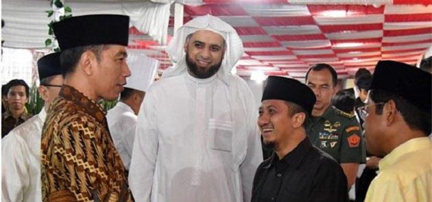 Joko Widodo dan Syekh Ali Jabe