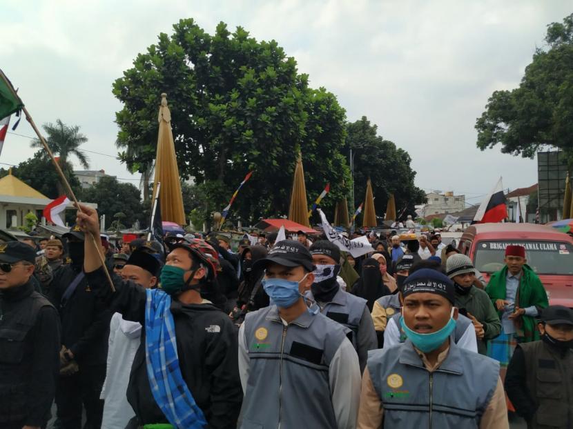Forum Mujahid: Pengadilan Rakyat, Opsi Kasus Denny Siregar