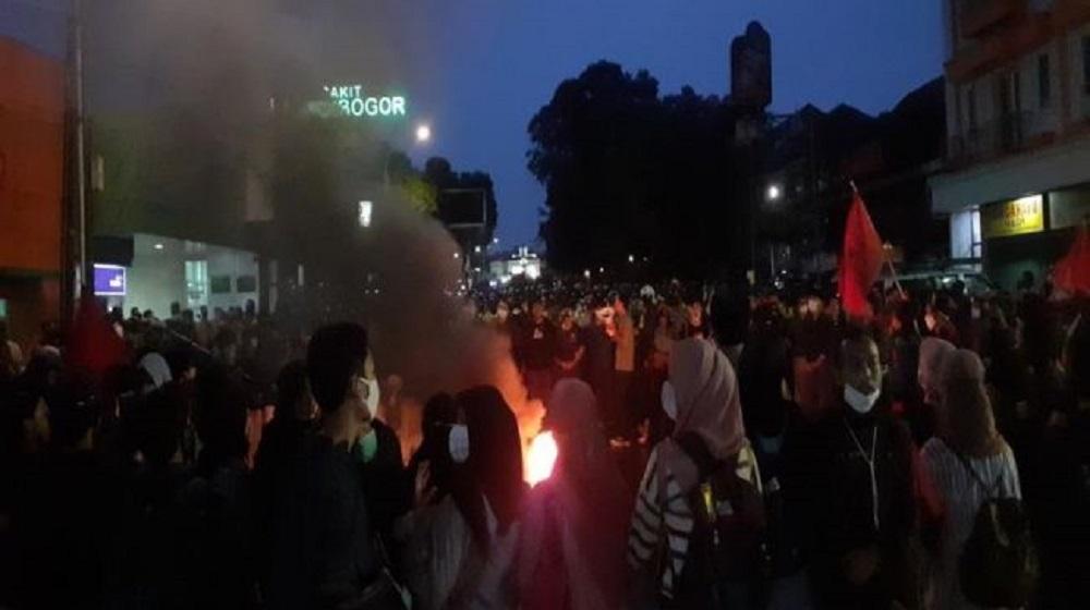 Polisi Amankan 26 Mahasiswa Demo di Istana Bogor, 6 di Antaranya Mahasiswi