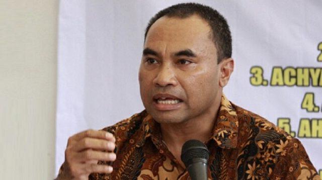 Haris Rusly Moti: Perppu Omnibus Law Dan JR Ke MK Itu Omong Kosong, Tak Usah Sok Konstitusional!