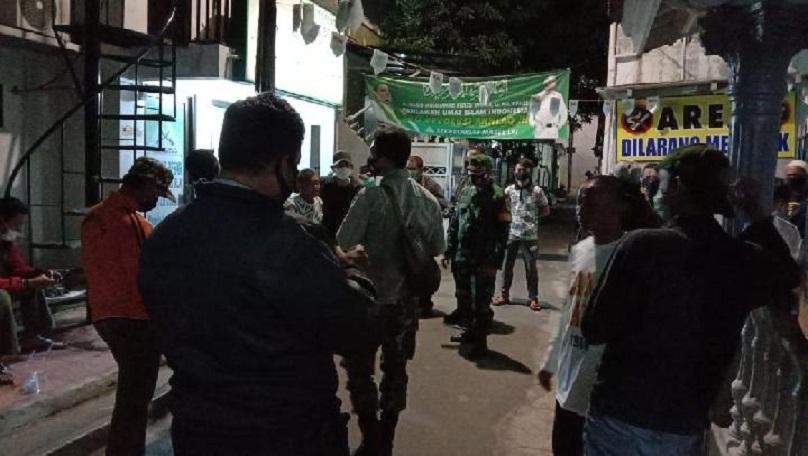 Polisi dan TNI ke Rumah Rizieq Shihab, FPI: Minta Tes Swab, Kami Tolak
