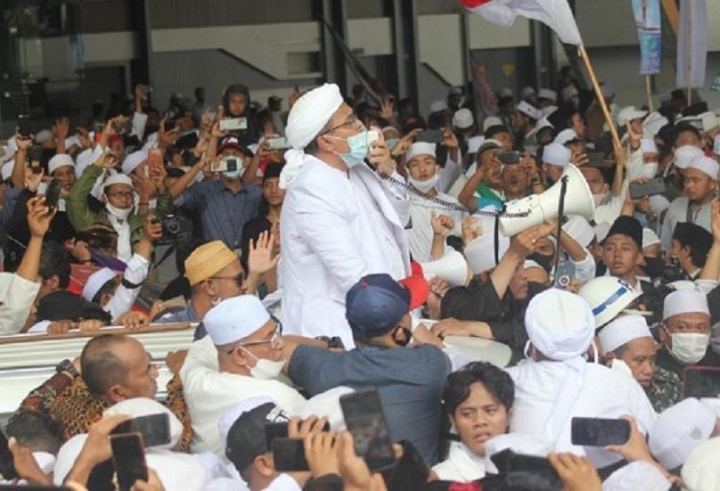 Klaster Covid-19 dari Kerumunan Massa Habib Rizieq, Politikus PDIP Bilang Ini