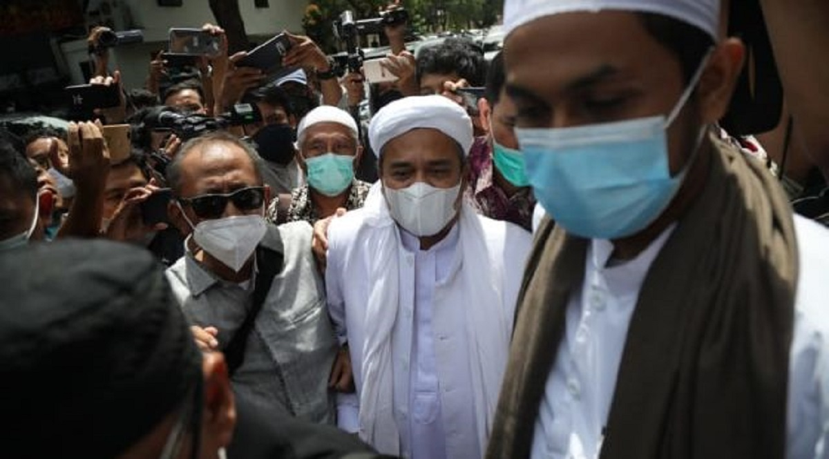 Habib Rizieq Terancam Ditahan Polda Metro, Fadli Zon: HRS Ulama Pemberani di Tengah Fitnah