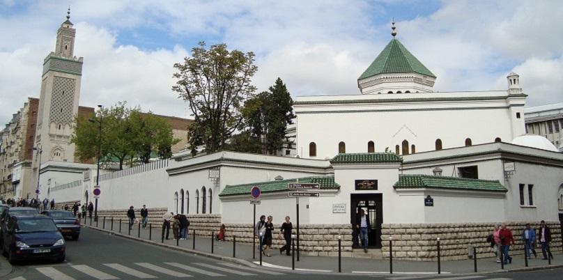 Prancis Inspeksi 76 Masjid Di Seluruh Negeri, Beberapa Akan Ditutup