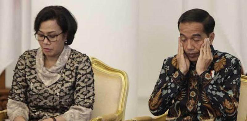 Indef: Pemulihan Ekonomi Lambat Tapi Sri Mulyani Tak Dicopot, Jokowi Takut?