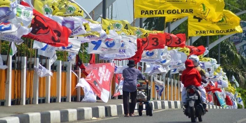 Survei IDM: PDIP Ditempel Ketat Golkar, Demokrat Meroket, Gerindra Tenggelam