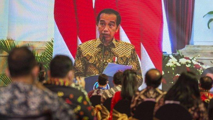 Jokowi Minta Dikritik, tapi UU ITE dan Peretasan Menghantui