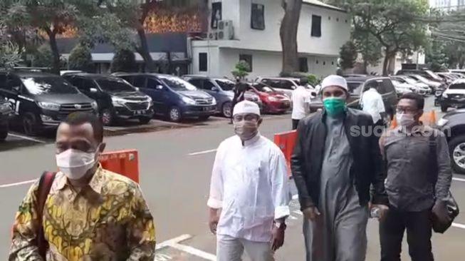 Eks Ketua FPI Sabri Lubis hingga Panglima Laskar Ditahan Kejaksaan RI