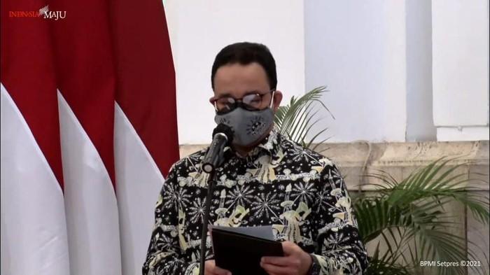 Di Istana Negara, Anies Laporkan Jakarta Keluar 10 Besar Kota Termacet