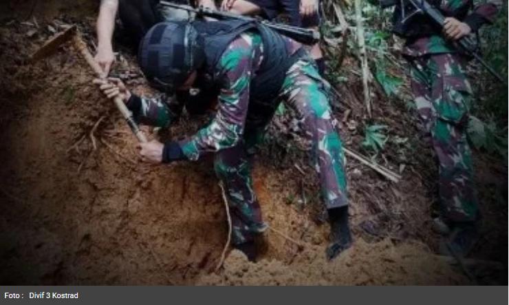 56 Tahun Terkubur, Harta Gurkha Ditemukan Pasukan Kostrad TNI di Hutan