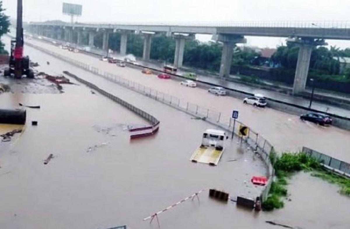 Jangan Kaitkan Banjir dengan Politik, Pilkada Masih Lama