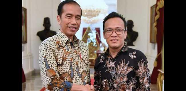 Jokowi Batalkan Vaksin Berbayar, Ketua Joman: Berakhir Juga Pesta Brutus-brutus Istana