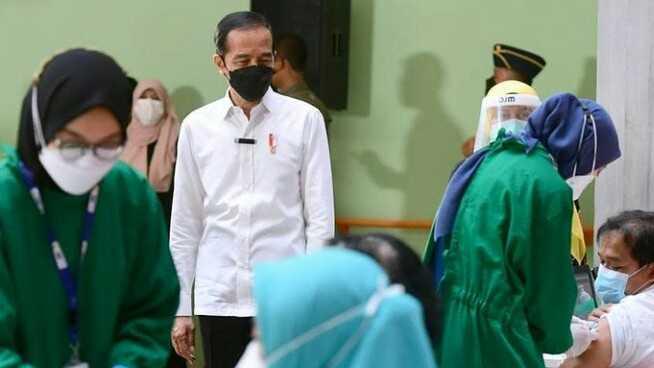 Jokowi Ingatkan Masyarakat Pakai Masker, Rachland: Jangan Malah Salahkan Rakyat