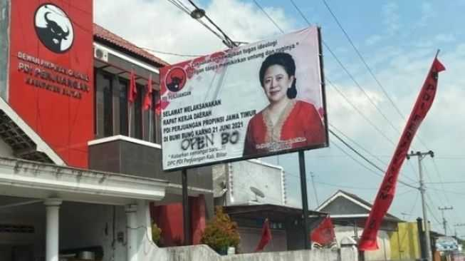 Geger Coretan 'Open BO' di Baliho Puan Maharani, PDIP Lapor Polisi