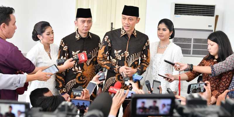 Demi Keselamatan Rakyat, Pemerintahan Jokowi Harus Siap Terima Koreksi AHY Dan Ibas