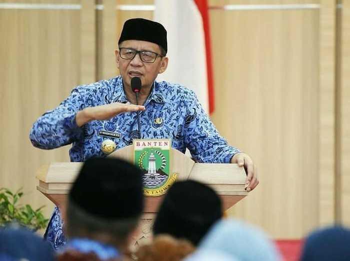 dr Tirta Kritik Akun COVID-19 Banten, Gubernur: Kurang Kerjaan, Turun ke Lapangan!