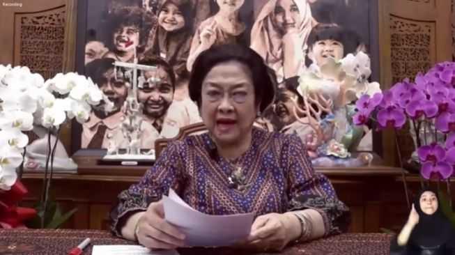 Kritik Telak Ray Rangkuti, Sebut Megawati Cuek dengan Maraknya Nepotisme dan Korupsi