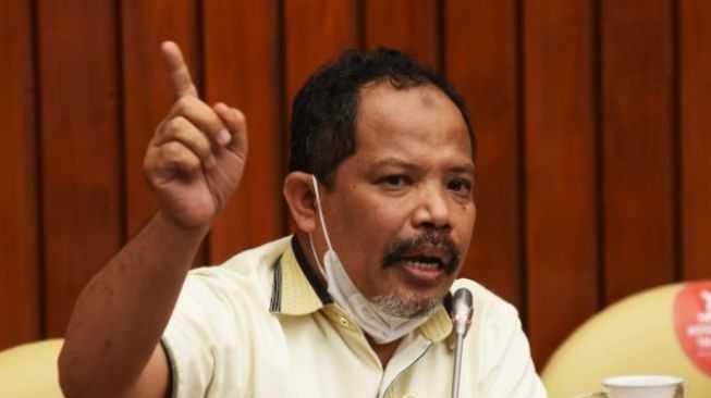 PPKM Darurat Diperpanjang, DPR: Rakyat Harus Diberi Kompensasi!