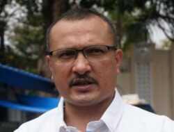 Demokrat Minta Jokowi Bubarkan BuzzeRp, Ferdinand: Bukan Makin Galak Tapi Makin Ngawur!
