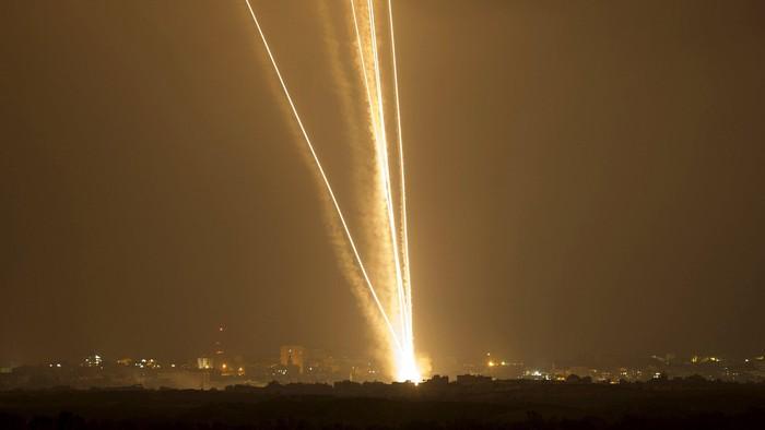 Israel Kembali Diserang Roket dari Gaza, Pertama Kali Sejak Mei