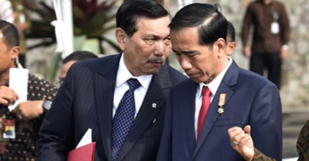 Sindir Jokowi hingga Luhut, Natalius: Pernah Ngemis ke Saya, setelah Jadi Pejabat Moralnya Dipertanyakan